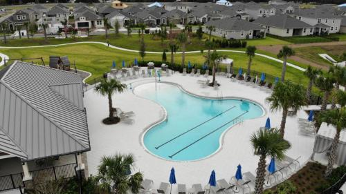 BOYETTE PARK - BEACH ENTRY AND LAP POOL COMBINATION