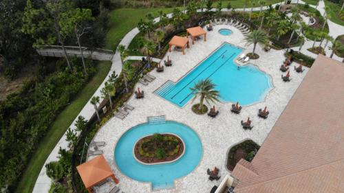 ESPLANADE AT STARKEY RANCH - RESISTANCE POOL AND LAP POOL COMBINATION