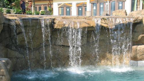 Rodriguez Pool Waterfall