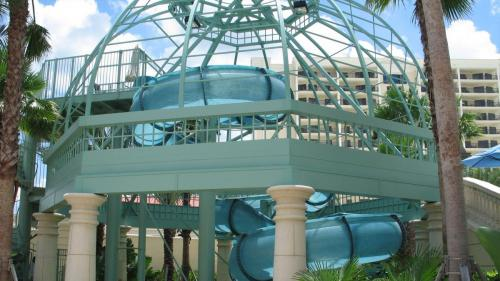 Hilton Ruby Lake Waterslide